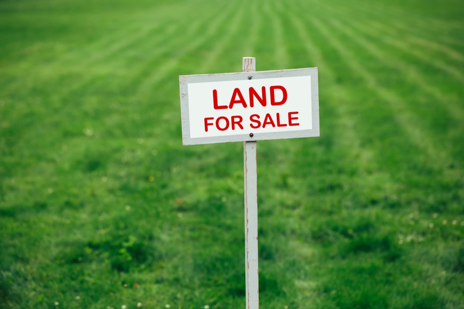 Buying Undeveloped Land? These Tips Can Help